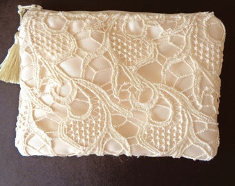 Ivory Clutch, Lace Clutch, Ivory Lace Purse, Bridal Clutch, Ivory Purse, Evening Bag, Bridesmaid Gift, Brides Purse, Mother's Day,Prom