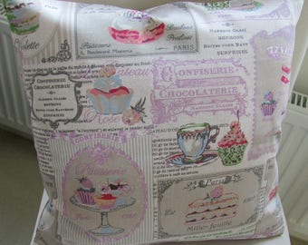 Tapestry Cushion cover with Cup cakes designs, 40 x 40 cm.