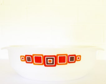 "Vintage 70's Pyrex Agee/Crown Large Round Casserole dish - ""Moderne"" Pattern - Abstract Mod design."