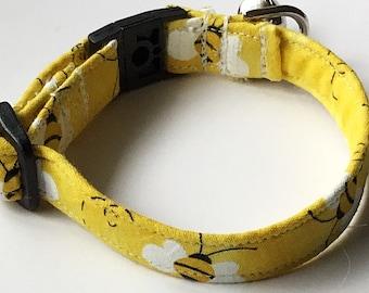 Yellow Bumble Bee Breakaway Cat Collar with Bell