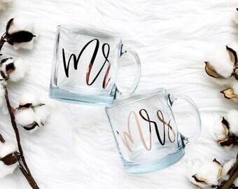 Mr & Mrs Coffee Mug | Custom Coffee Mug | Wedding Gift | Newlyweds Gift | Engagement Gift | Couples Gift | Bridal Shower Gift |Gift