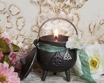 Goddess Brigid Imbolc Candle, Cauldron Candle, Altar Candle, The Trinity knot