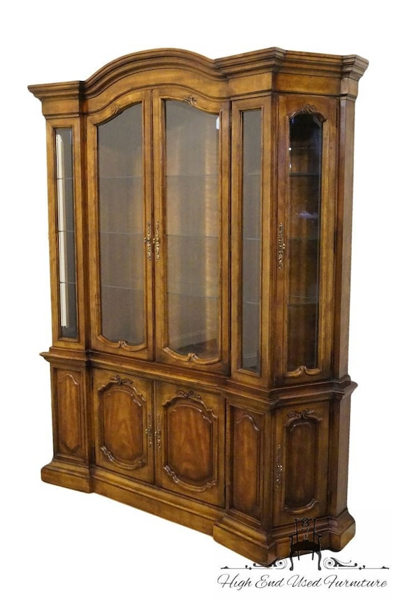 Superior DREXEL HERITAGE Grand Tour III 68 Lighted China Cabinet