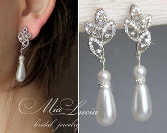 Pearl Bridal Earrings, White Pearl Bridal Jewelry Bracelet, Ivory Pearl Earring, Drop Earrings, For bride, Dangle bridal earrings  e40