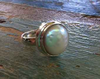 Beautiful Mabe Pearl Ring