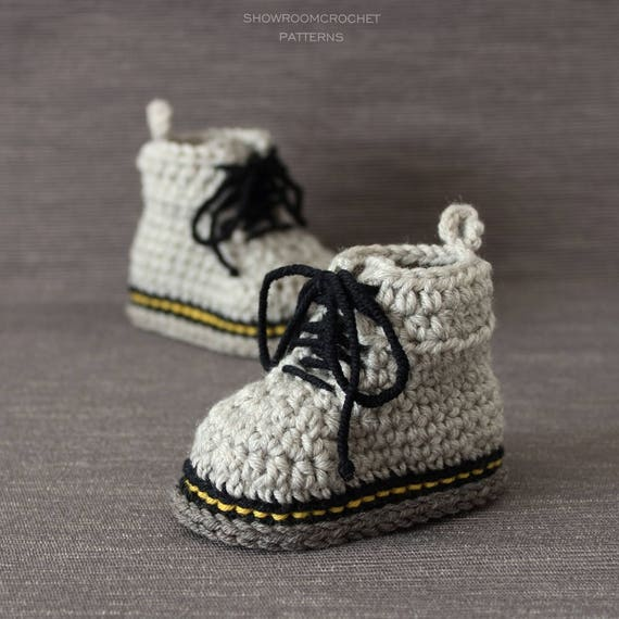 Patron de crochet botas bebe estilo Martens