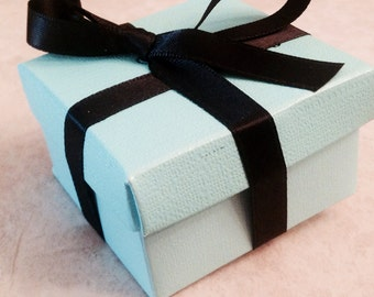 Add a gift wrapped box