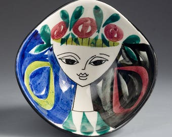 Stavangerflint, Norway - INGER WAAGE - Small Bowl with Girl with Ear Rings