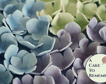 25 unwired hydrangeas for cake decorating, edible gumpaste flowers. Sugar flowers for wedding cupcake toppers, unwired sugar flowers