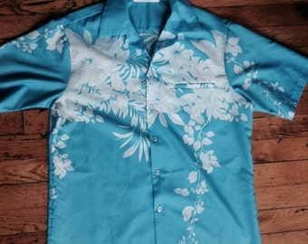 Vintage Hilo Hattie's Hawaii shirt USA mens large