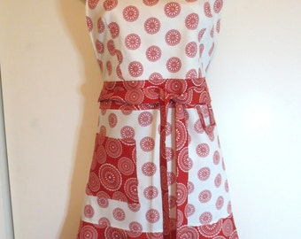 Red and White Print Full Apron