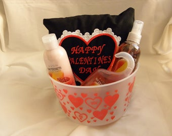 Are you looking for a Special Item for your Special Someone?   Valentines Day is approaching!!!!!