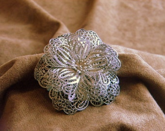 Vintage Sterling Silver Flower Pin