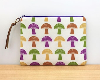 CLEARANCE - Purple Mushroom Pouch - Mushroom Print Fabric Pouch - Small Zipper Bags - Small Gifts for Friends - Cute Makeup Bags