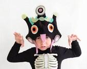 Monster PATTERN DIY costume mask sewing tutorial creative play ideas for kids dark children alien creature holiday halloween purim gift