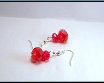 Boucles d'oreille perle facette rouge en cristal de bohême.