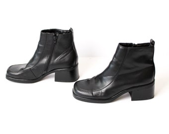 size 10 CHELSEA vegan black leather 80s 90s CHUNKY zip up ankle boots