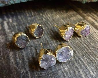 Raw Amethyst Earrings Gold,Amethyst Earrings,February Birthstone,Amethyst Studs,Raw Stone Studs,Dainty Amethyst,Amethyst Jewelry