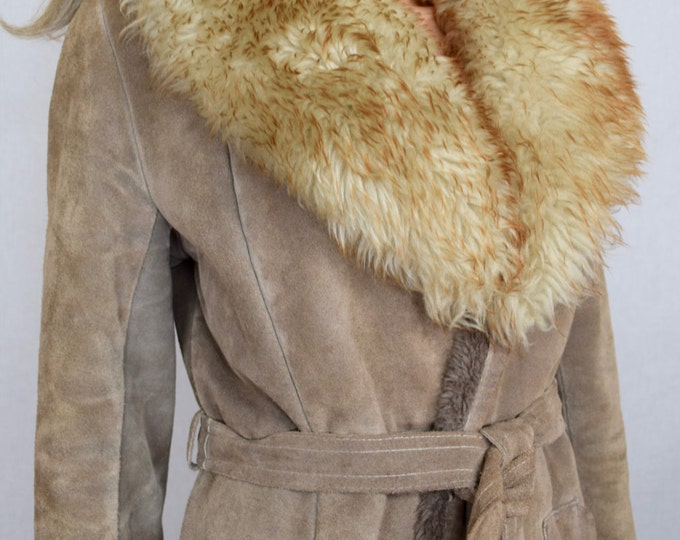 Vintage 1970's Women's Light Brown Suede Leather SHEARLING TriMMeD HiPPiE BoHo Jacket Coat M