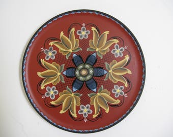 Norwegian Rosemaling on a 10 inch plate