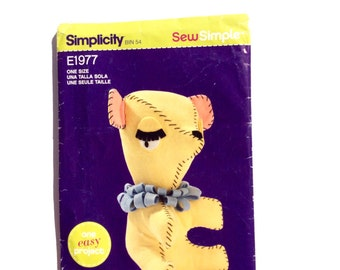 Simplicity E1977, Stuffed Bear Pattern, SewSimple, Easy Bear Pattern, Stuffed Toy, Uncut
