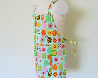Childrens Apron - Mint Green Kids Apron, lots of Color in this Woodsy Apron covered with Owls, leaves and flowers