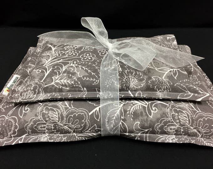 Corn Heating Pad, Corn Bag Set, Microwave Heating Pad, Ice Pack, Heat Therapy, Spa Relaxation Gift, Bed Warmer, Gift for Her, Gray and White