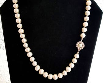 Royal Princes Pearl Necklace, Large White Freshwater Cultured Pearls, Sterling Silver, OOAK, Vintage Pearl Clasp, Hand knotted Silk, Bridal