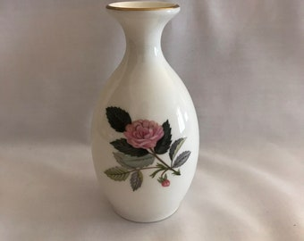 Vintage Wedgwood Hathaway Rose Vase / Vintage Single Flower Vase / Vintage Wedgewood Vase / Rose Vase / Bone China Vase / Made in England