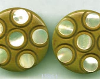 Butterscotch Bakelite Earrings with MOP Dots  Vintage   Item: 11851