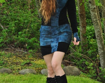 Oracle Hoodie Dress - Hand dyed Bamboo Dress - Organic Stretchy Bamboo - Festival Clothing -Black And Gray Pocket Hoodie