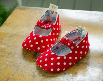 Isabella Baby Mary Jane Shoes PDF Sewing Pattern (#68)