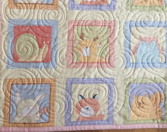 Baby Quilt, Baby girl quilt, quilt, baby bedding, patchwork quilt, crib quilt, Lap quilt