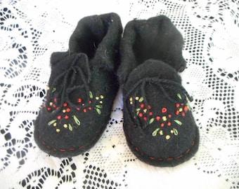 Felt Wool Baby Booties, Black
