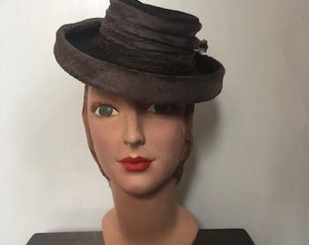 1940s tilt hat / topper