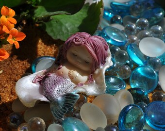 Mermaid Baby Sleeping in Seashell+Fairy Garden Miniature+Fairy Garden Statue+Fairy Garden Accessory+Fairy Garden Sculptual