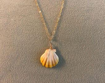 Sunrise seashell necklace- short