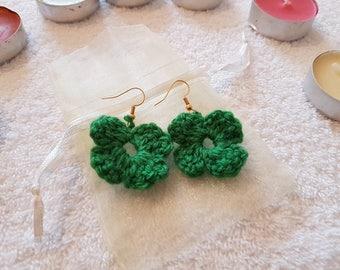 Crocheted: Green Flower Earrings