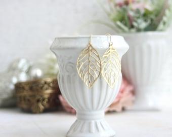Gold Leaf Earrings. Gold Leaf Charm Dangle Earrings, Golden Leaves Earring. Bridesmaids Gift. Gold Wedding Jewelry, Minimalist, Rustic Gold