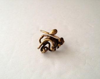 Vintage Brass Brutalist Ring