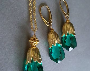 New! Emerald Green Quartz Pendant Necklace and Earring Set with Gold Tulip Beadcap on Gold Filled Chain and Earwires Gift for Her