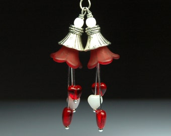 Vintage Style Bead Dangles Red and White Lucite Flowers Hearts R26