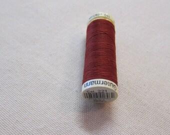 Sewing thread Brown n 221 Gütermann 100% polyester
