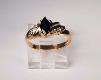 14K Yellow Gold Sapphire and Diamond Chip Ring, 2.8 grams,Size 5.75