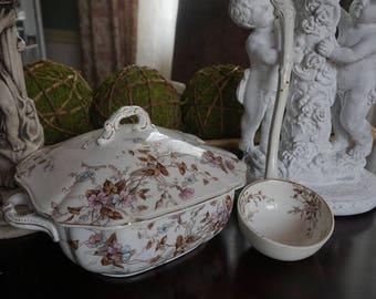 Vintage, Alfred Meakin LTD Royal Semi Porcelain Soup Tureen with Ladle