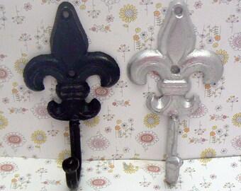 Fleur de lis A Pair Set of Hooks Black and Silver FDL French Decor Paris Shabby Elegance Leash Jewelry Key Bathroom Towel Hook
