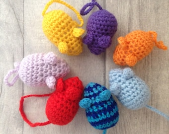Crochet cat toy, cat toy, kitten toy, crocheted mouse