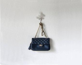 1990s vintage navy blue gold chain quilted fringe tassel fob turn lock laura scott handbag shoulder crossbody bag purse