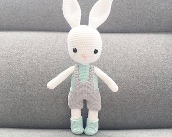 PATTERN - Wilbur The Bunny - amigurumi pattern, crochet pattern, PDF