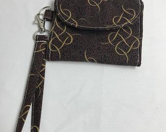 Carmel Swirl Wrist Wallet